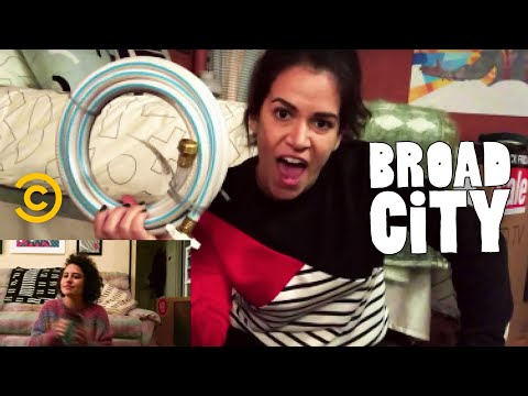 Small Business Saturday - Hack Into Broad City