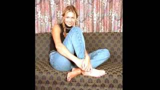 Girls With Big Feet - Comparisons And Measuring