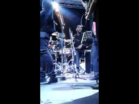 Ricart Georges- Julissa (Live)
