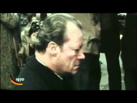 1970 12 07   Willy Brandt kniet in Warschau nieder