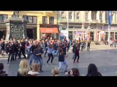 FLASH MOB in Zagreb 29-4-2016 (International dance day )
