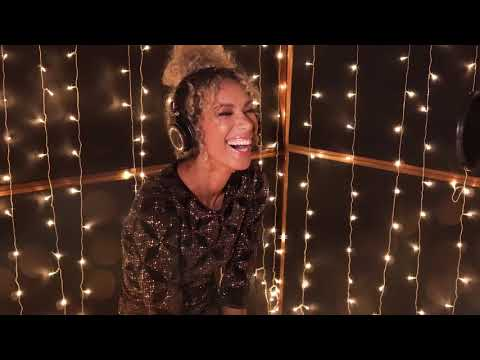 Leona Lewis - One More Sleep (Making of Acoustic Amazon 2017 version)