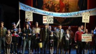 Billy Elliot - The Stars Look Down 1
