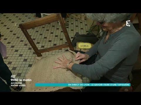 dans l 39 atelier de samia tapissi re d coratrice lyon youtube. Black Bedroom Furniture Sets. Home Design Ideas