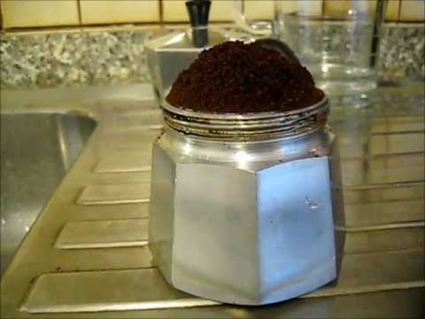 How to prepare a good italian espresso with moka