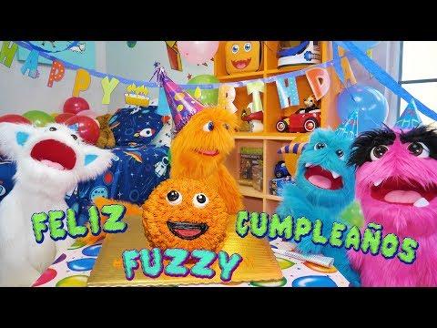 ¡Fuzzy's fiesta de cumpleaños sorpresa! 🎉🎈🎁🎂 Fuzzy convierte 4!!!!!! JUGUETES DE LOS NIÑOS DIVERTIDO