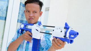 NERF WAR SUPER NERF GUN AND FOOD BATTLE