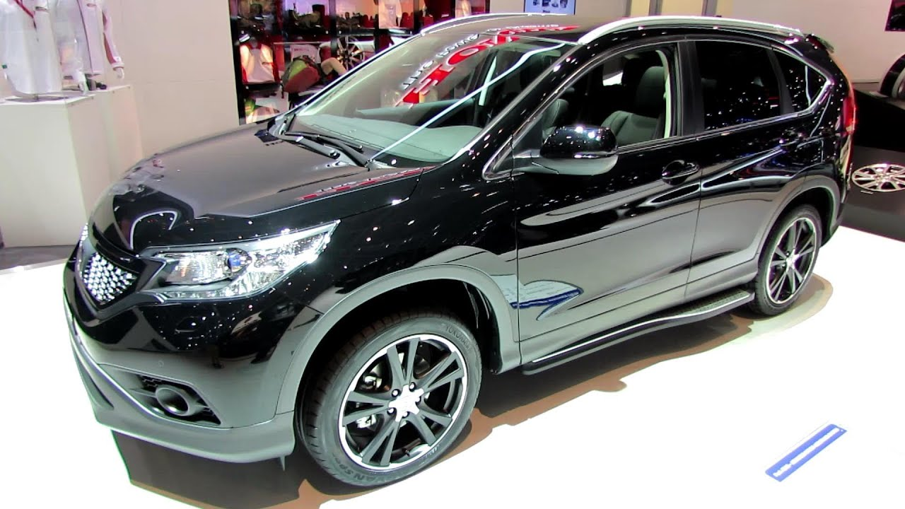 2014 Honda CRV Black Edition  Exterior and Interior Walkaround