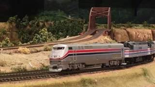 HO scale (Amtrak P-40+F40PH/DASH 8-32BHW)京都祇園デゴイチ kyoto/Japan