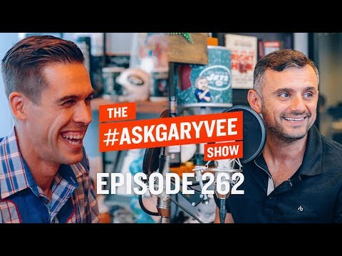 RYAN HOLIDAY, PERENNIAL SELLER, MOMENTO MORI & SELLING WHAT YOU BELIEVE IN | #ASKGARYVEE 262