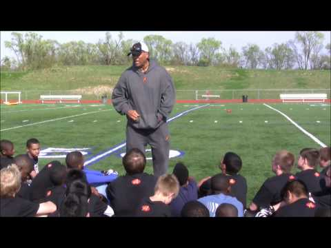 Anthony Munoz on Adversity