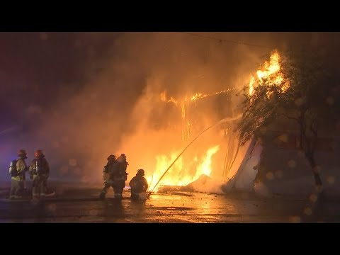 VIDEO: Fire crews battle second-alarm fire in Phoenix