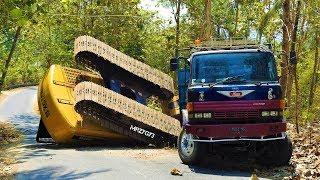 Gambar cover Excavator Accident XGMA Heavy Recovery Isuzu Giga Self Loader Truck Hyundai Powerplus
