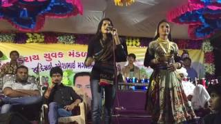 Download Hindi Video Songs - Rajal Barot and Geeta Rabari Gujarati Live Garba 2016