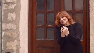 Tereza Kesovija - Ostavi me tu