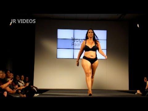 Fashion Weekend Plus Size - Desfile Nayane Rodrigues - moda íntima. http://bit.ly/2XkAJCx