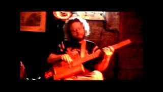 Capt. Nemoff - I Got My Mojo Workin` LIVE DANCE REMIX ,Cigar Box Guitar,  2012, Moscow, Russia