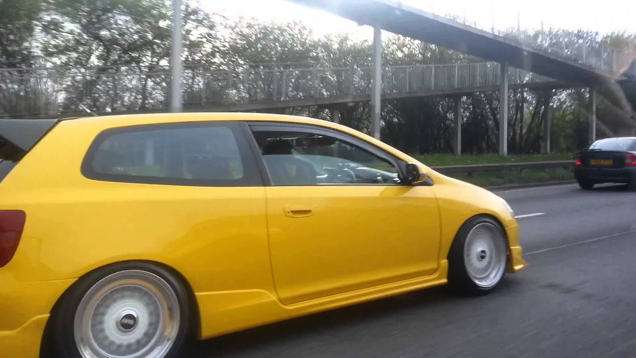 Yellow Bumble Bee Ep3 Stance Daily Ace Cafe Youtube
