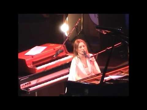 Tori Amos Live LA 12-18-2002 Full Show