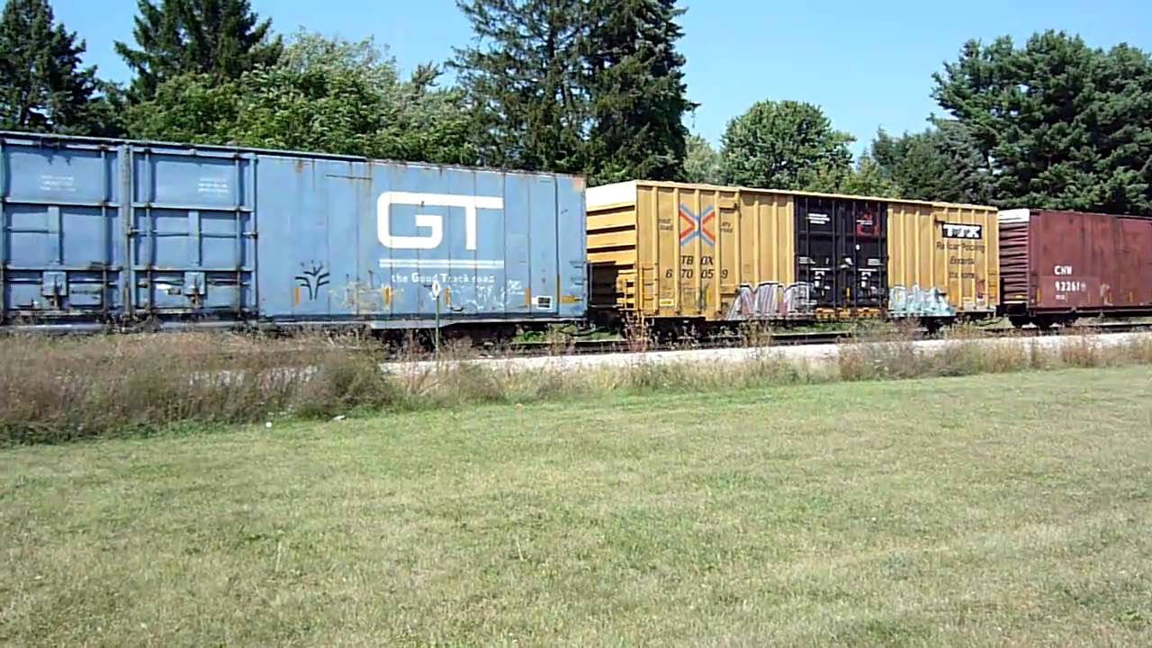 Grand Trunk Western 86 Auto Parts Box Cars Dow Tank Cars