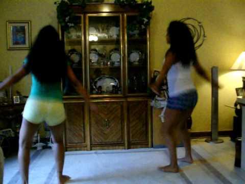 Belizean Sisters Dancin