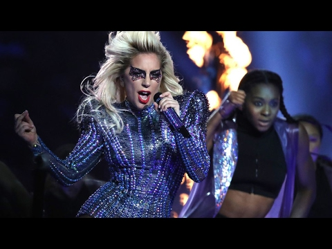 Lady Gaga SLAYS 2017 Super Bowl 51 Halftime Show Performance, Sings 'Telephone' WITHOUT Beyonce!