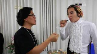 kkkkk Sexy and I know it LMFAO Part of JKS 's documentary on KBS2 2...