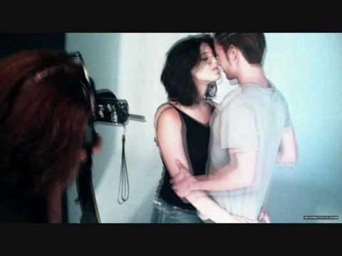 Jackson Rathbone And Ashley Greene - Fall/chasing Light