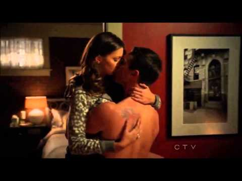 Arrow Finale Oliver and Laurel Kiss And Make Up