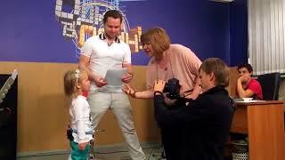 Милана Гогунская с папой репетируют песню к шоу