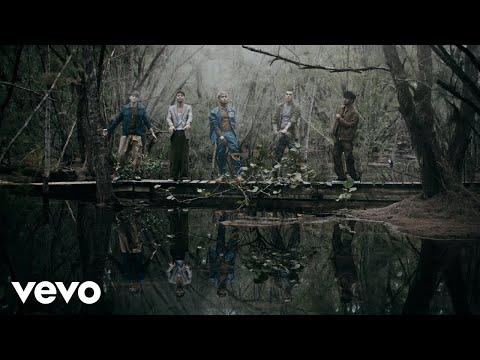 CNCO - Por Amarte Así (Official Video)