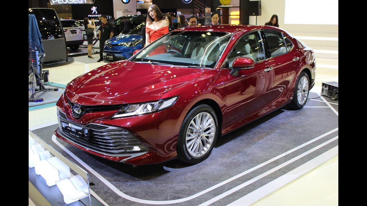 all new camry singapore grand veloz 1 5 toyota 2019 introduced at the motorshow carbuyer com sg