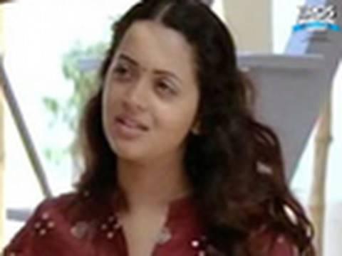 tamil-narrates-her-sad-story---deepavali