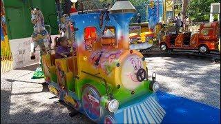Паровозик детский парк развлечений аттракционы Учим цвета на английском с малышами