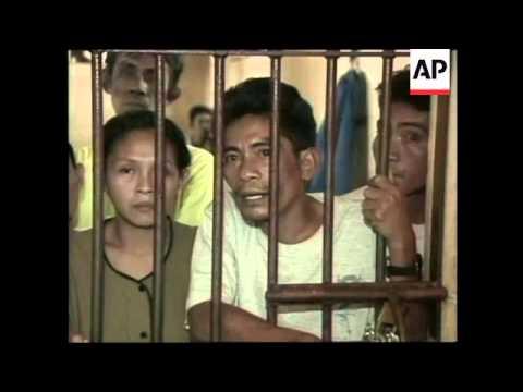 Police arrest alleged supporters of Abu Sayyaf, relatives