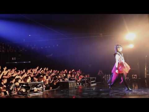"12. BABYMETAL - Tsubasa wo kudasai ""Legend D"" (Live at at Akasaka BLITZ 20.12.2012)"