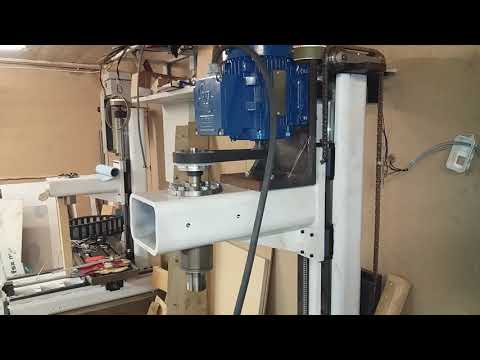Diy cnc milling machine, testing a new spindle.