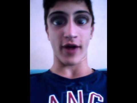 Il ragazzo con gli occhi pi grandi del mondo youtube for I piu fighi del mondo