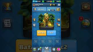 Clash royale opening my chests of the clan