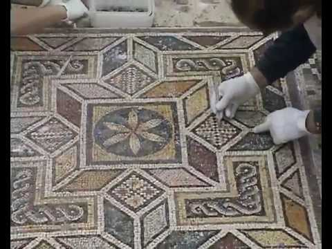 The Conservation of the Roman town of Zeugma 2000-2004