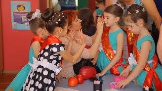 Утренник в детском саду!!!! поем, играем.