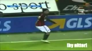 Clipe: Ronaldinho Gaúcho - Mas que nada (Black Eyed Peas Ft. Sérgio Mendes)