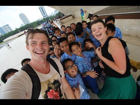 MAKING FRIENDS AT MONAS - JAKARTA