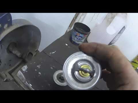 Замена термостата пассат б5.Равинол новое масло в мотор.