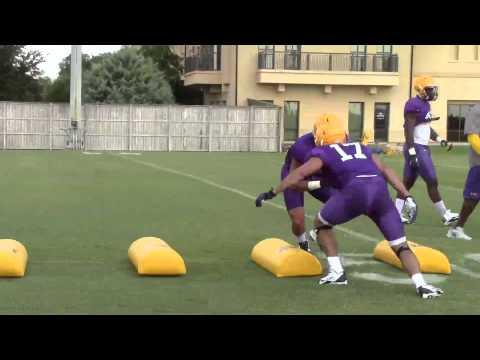 lsu-assistant-coach-brick-haley-puts-linebackers-through-a-tackling-drill-|-video
