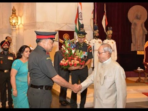 SlideShowHon'bleRastrapathyJi-meets-Army Officers-LONG-LIVE-Br.Mark-Internet.org efforts...