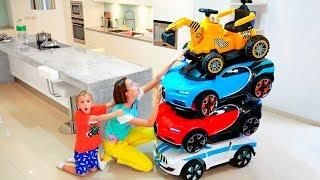 Little Nikita andar de carros e Magic transformar carros coloridos