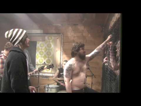 "Videoshoot Kvelertak ""Mjød"" del 1/2"