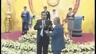 Президент Таджикстана Эмомали Рахмонов жжёт на свадьбе сына