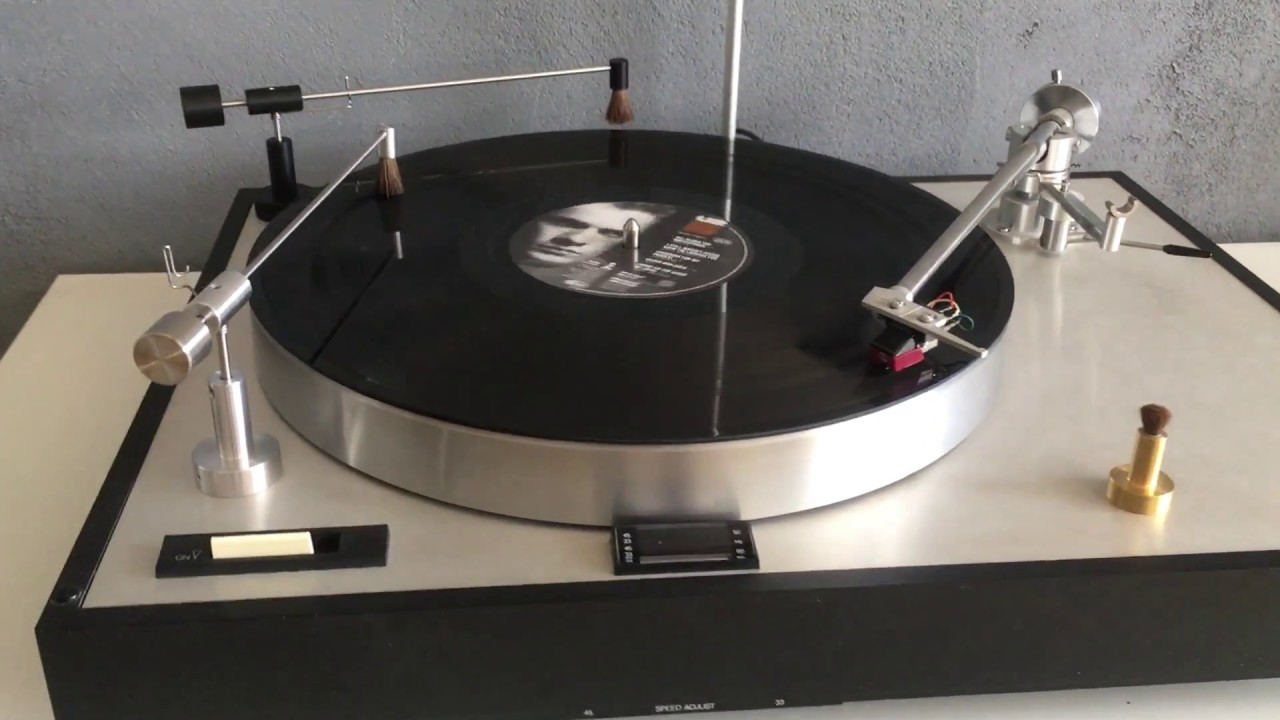 Antistatic Record Cleaning Arm